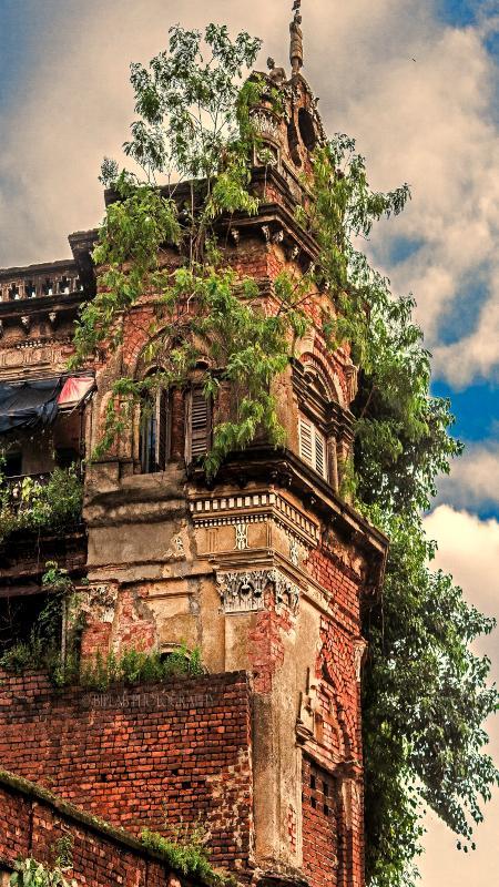 haunted House of dolls or Putulbari kolkata